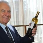Castellucci con vino