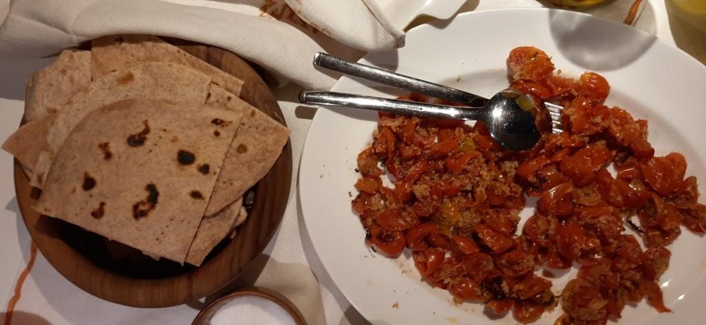 piadina e pomodori gratinati